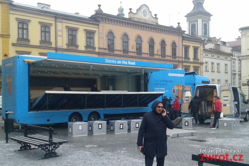 Reformační autobus stojí na Rynku v Těšíně