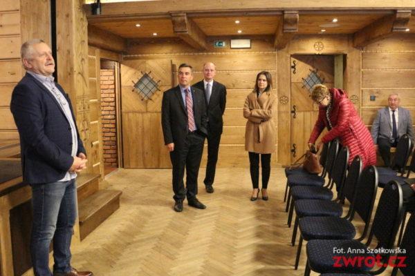 Členové polského parlamentního výboru přijeli na Zaolší