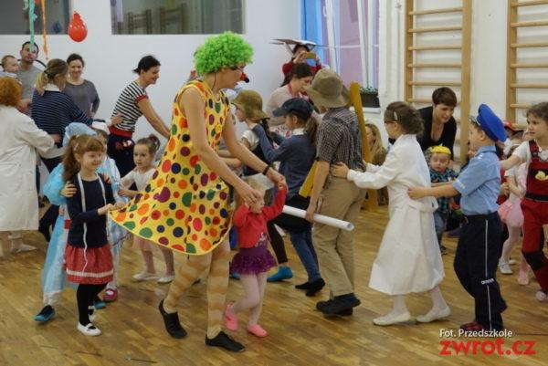 Z redakční pošty: Maškarní ples v Polské školce