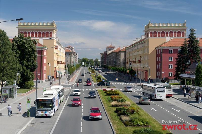 Výstavba chodníků skončí v květnu