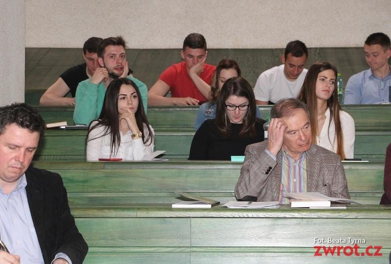 Konference o národnostních menšinách