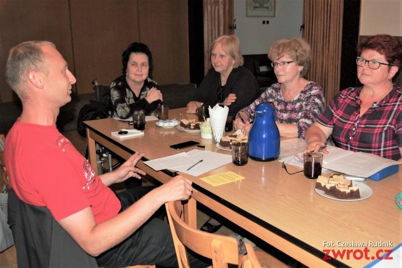 Členové PZKO bohumínského okrsku měli schůzi