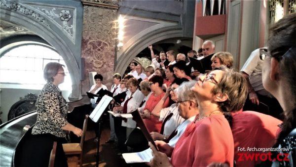 Z redakční pošty: Lira a Stonawa zpívaly v Brně
