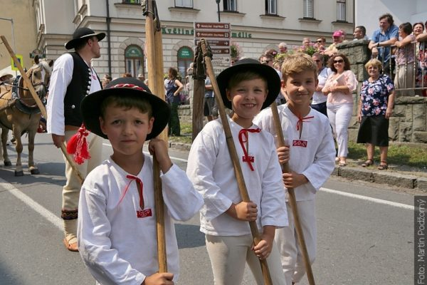 Gorolski Święto, nedělní průvod