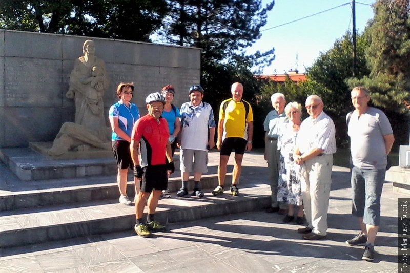 Z redakční pošty: Vzpomínková cyklistická tour po Životicích