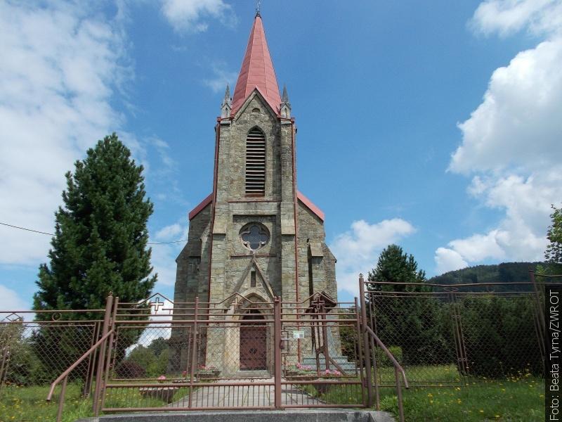 Procházky se Zwrotem: Kostel v Komorní Lhotce