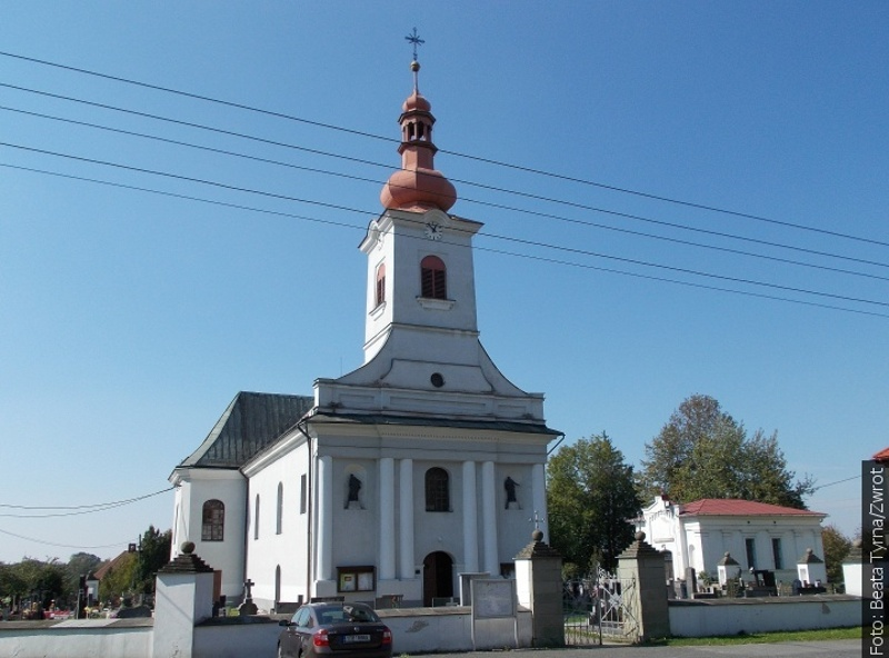 Procházky se Zwrotem: Kostel v Hnojníku