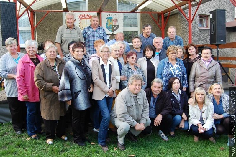 S létem se v Porubě loučili také bývalí žáci školy v Lazech
