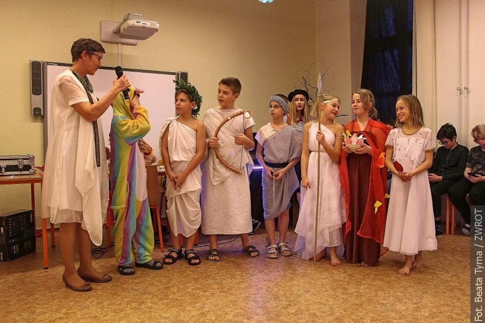 Žáci zVendryně měli ples