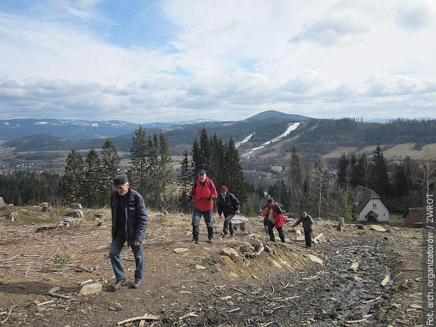 """Turisté """"Beskidu"""" přivítali jaro turisticky a zároveň i sportovně"""