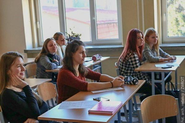 Kolik žáků chce studovat na Gymnáziu a Obchodní akademii?