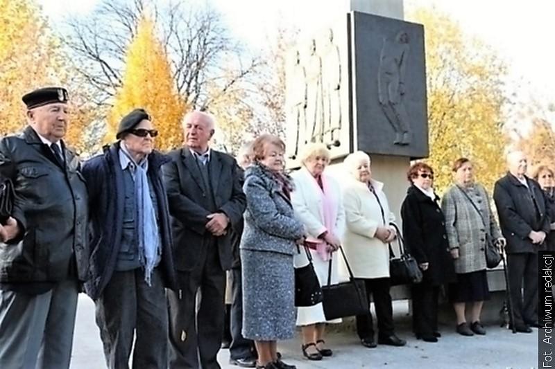 Rodzina Katyńska zve k pietnímu aktu