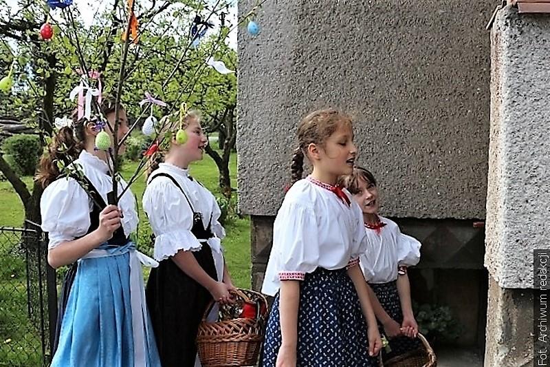 """Na Velikonoční pondělí chlapci chodili po šmigrustu a dívky s """"gojiczkym"""""""