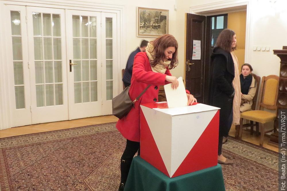 Během voleb do Evropského parlamentu lze hlasovat také na polském konzulátu