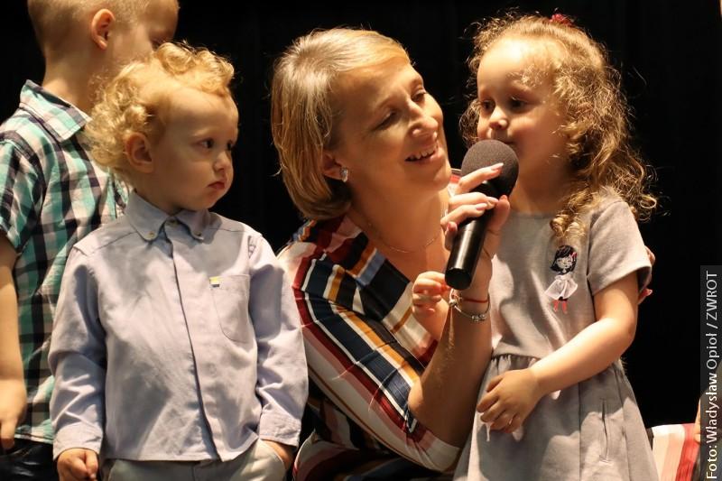 Z REDAKČNÍ POŠTY: Den matek ve Stonavě