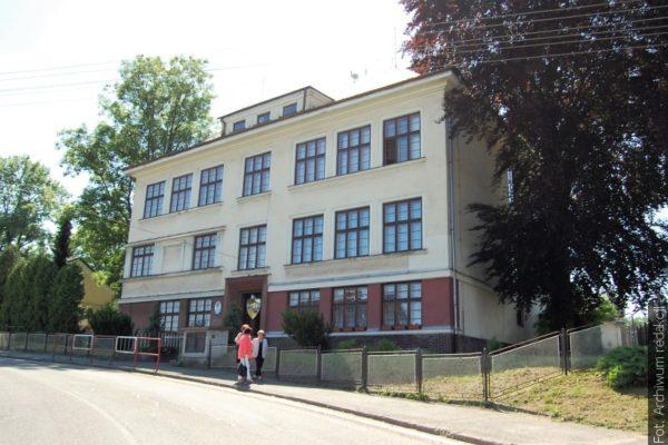 Z redakční pošty: V dolnolutyňské škole vzpomínali na oběti 2. světové války