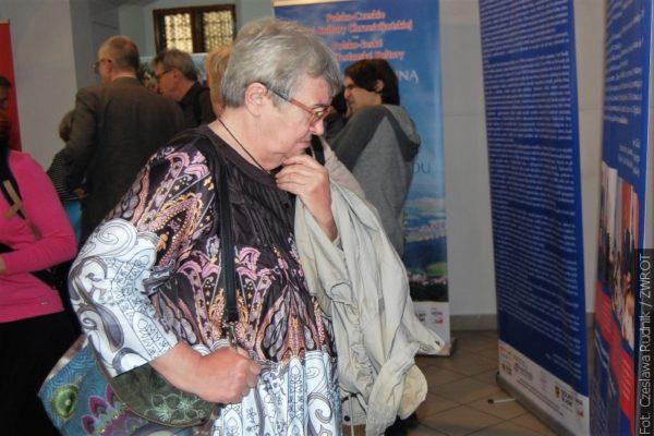 Mezinárodní divadelní festival s výstavami