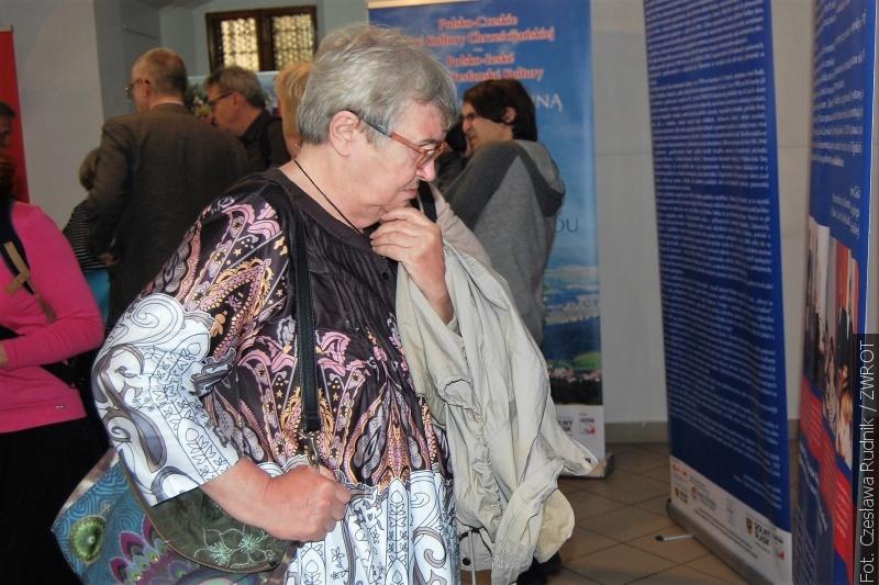 Mezinárodní divadelní festival z výstavami