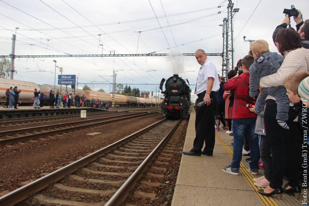 📷📽 Z Bohumína do Návsí jste mohli jet historickým vlakem