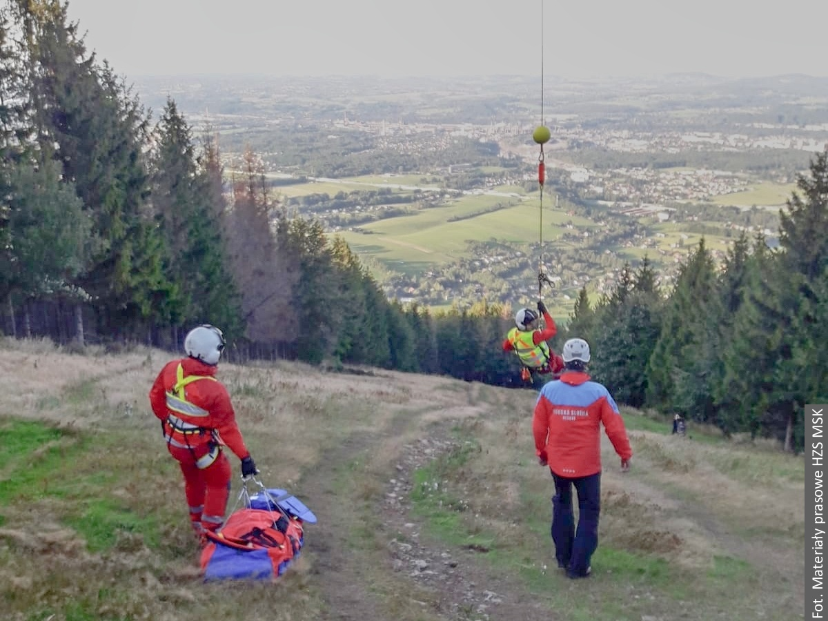 Letečtí záchranáři zasahovali v Beskydech