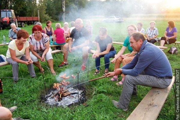 Členové PZKO z Věřňovic se sešli u Ogniska pod Dymbinóm
