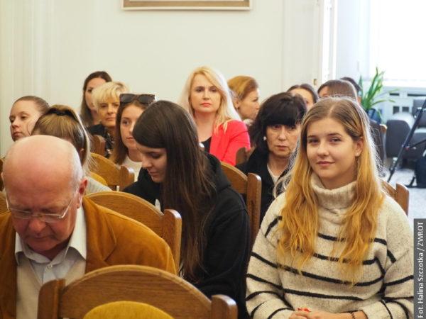 Polonistika Ostravské univerzity zahájila akademický rok na konzulátu
