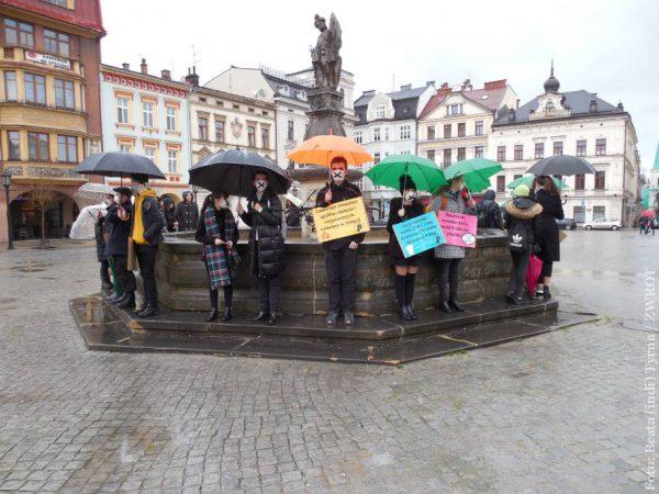 V Cieszyně mladí lidé také protestovali proti změně klimatu