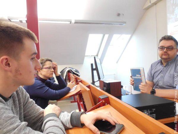 Ve Varšavě probíhají workshopy pro novináře krajany