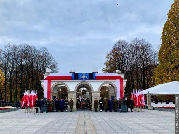 Svátku nezávislosti ve Varšavě se zúčastnila i mládež ze Zaolší
