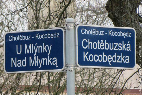 Budou hovořit o dvojjazyčnosti