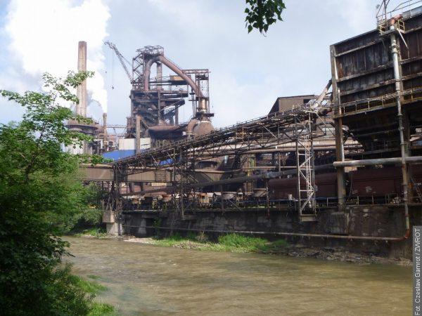 Ocelářská unie nesouhlasí s návrhem šéfa odborů. Proti jsou také Třinecké železárny