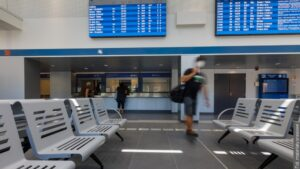 Cestujícím v Havířově začala sloužit nová odbavovací budova