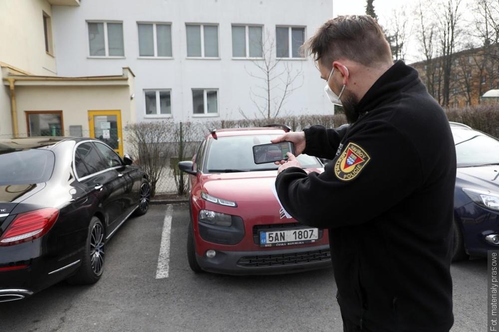 Strážníkům v Havířově pomáhá moderní aplikace rozeznávající registrační značky