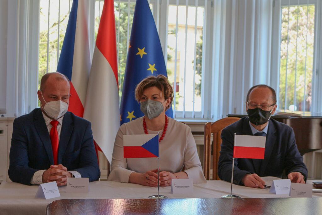 Zasedání krajského výboru pro národnostní menšiny na Generálním konzulátu Polské republiky v Ostravě