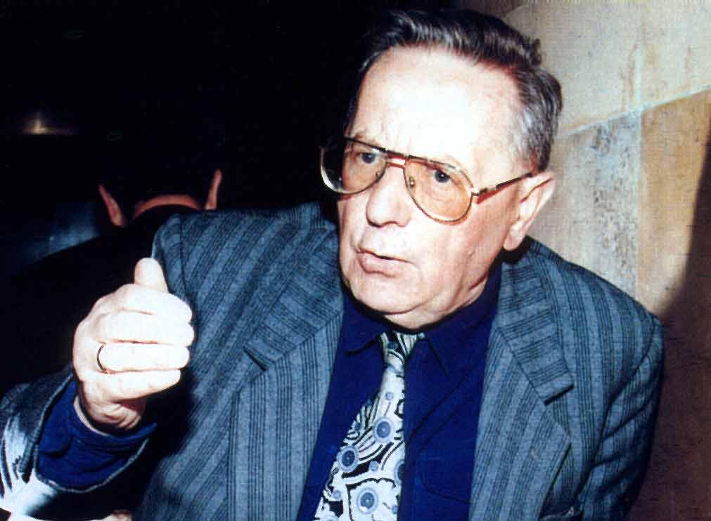 Profesor Aleksander Krawczuk se dožívá 99 let