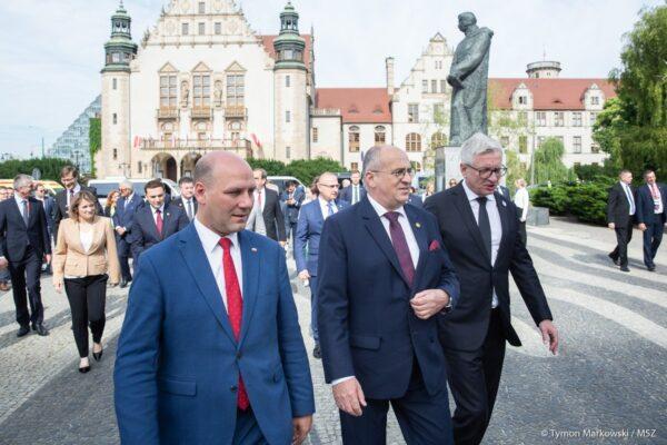 V Rogalině se setkali šéfové diplomacie V4 a představitelé Balkánu